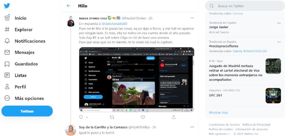 Rocío Flores y Dakota en twitter