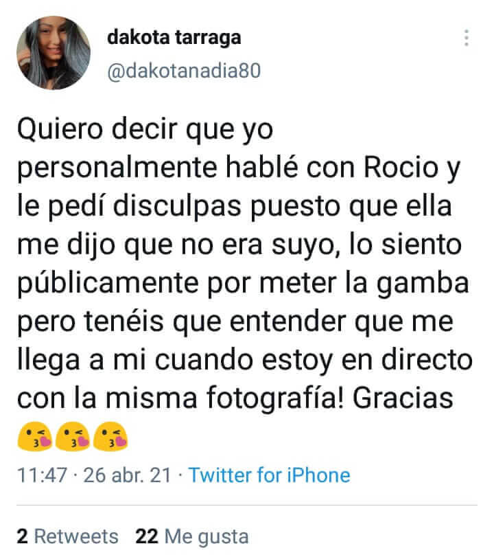 Dakota sobre Rocío Flores en Twitter